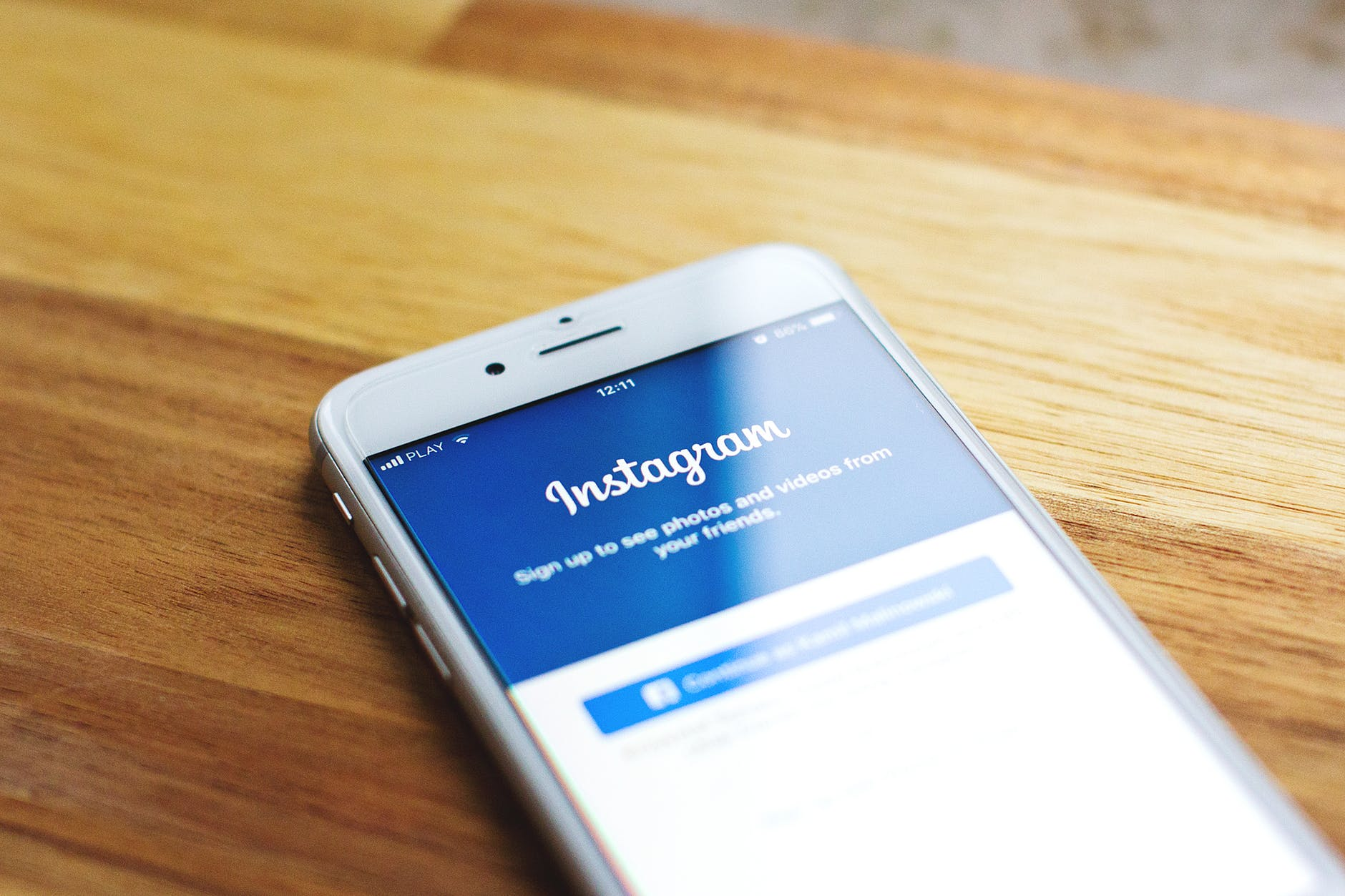 Top 2 consideration to take into account while creating a blog on Instagram